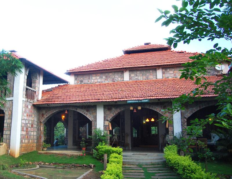 Mogli-Jungle-Resort-Entrance