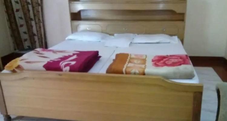 gharonda-rosort-room2