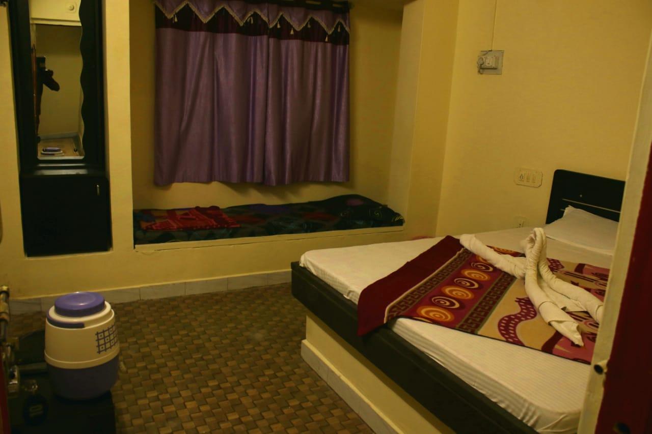 hotel-annapurna-gir