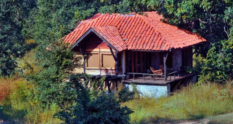 kanha-earth-lodge-cottage1