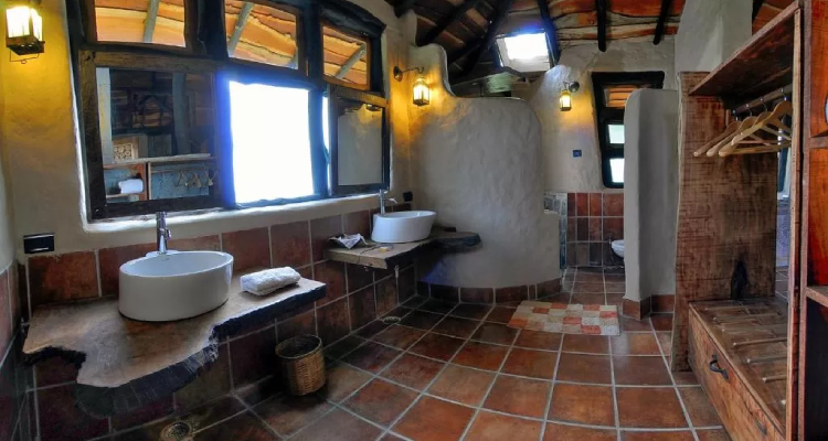 kanha-earth-lodge-washroom