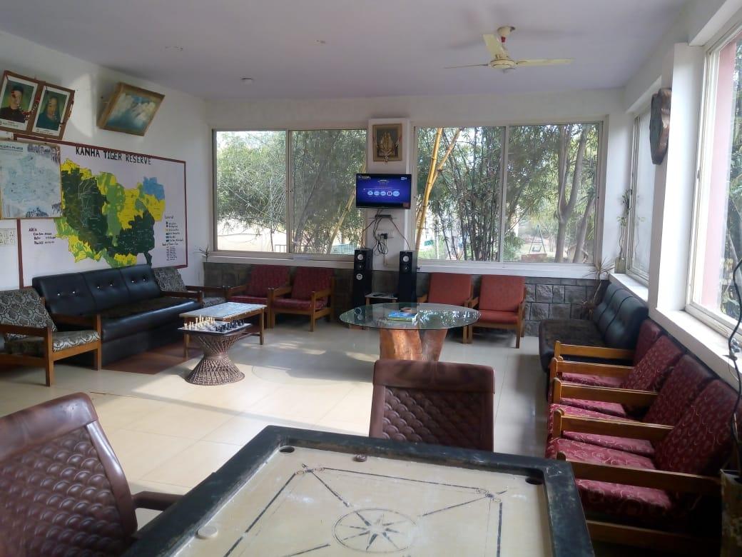 kanha-resort-lobby