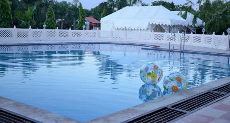 rtb-nationalresort-pool3