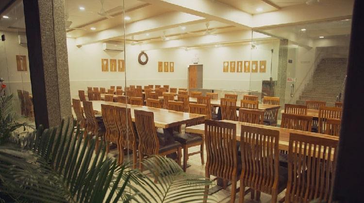 rudra-resort-dining