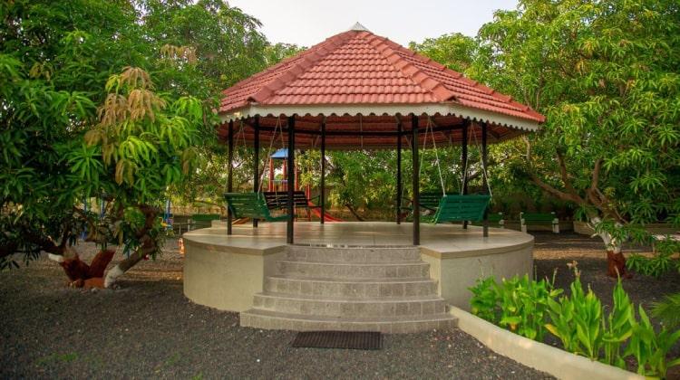 rudra-resort-patio