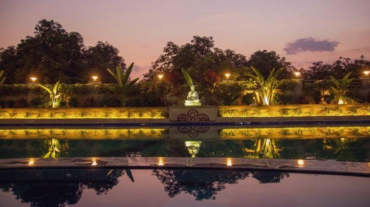 rudra-resort-pool
