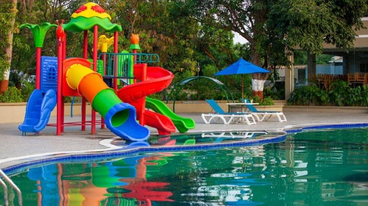 rudra-resort-swimming-pool