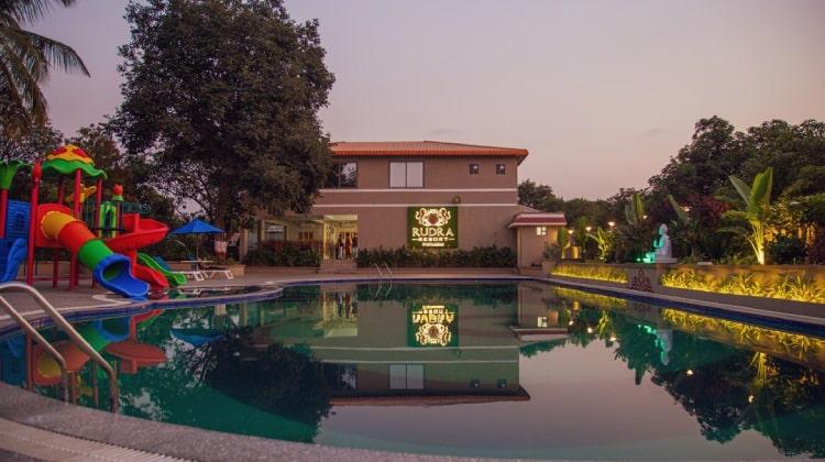 rudra-resort-swimming-pool1