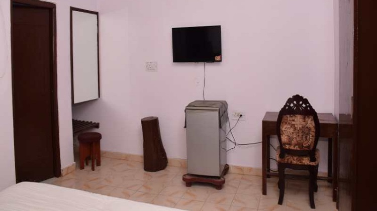 sanjaytigerresort-room1