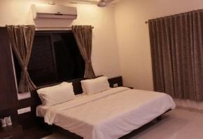 hotel-aditya-elegence-room