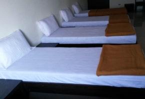 hotel-aditya-family-room
