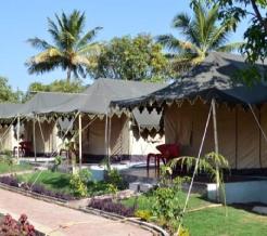 the-gir-resort-tents